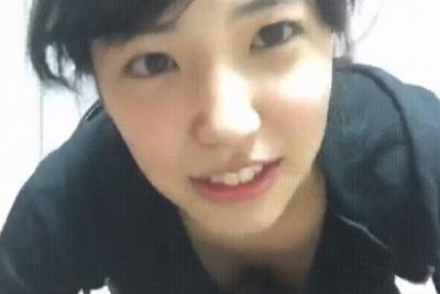 【アイドル】AKB下尾みうが生配信中ブラチラしちゃった動画が韓国でシコネタにされてるんだがww 問題のシーン1:33