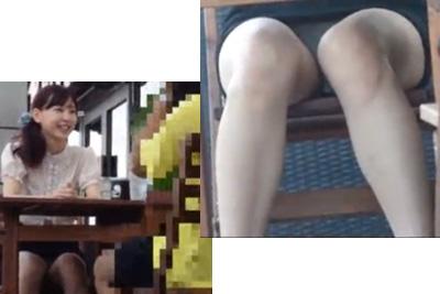 《盗撮》彼氏と食事中の私服女子校生の股にズームアップでタイトミニのデルタゾーンから見えるパンツを大接写ww