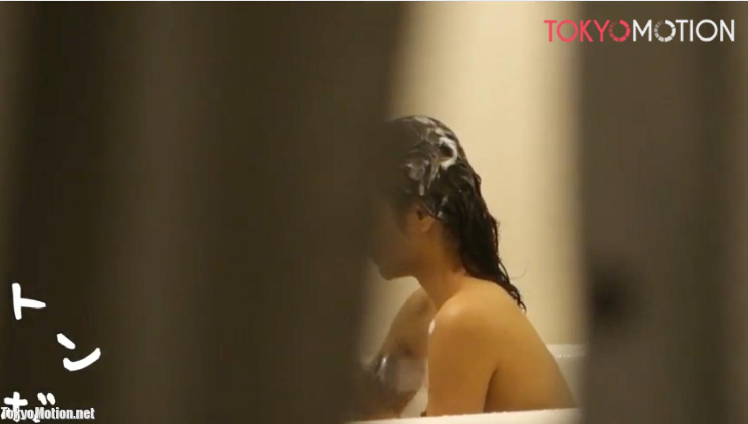 【早期削除予定】お風呂を楽しんでるロリロリ美少女をスキマからコッソリ撮影しました。