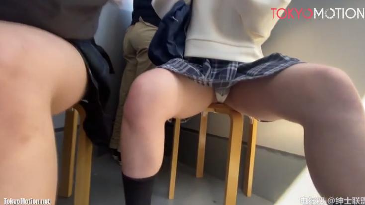 【JK同士が集まると】制服の女子校生が集まるとどんどん大胆になっていくのがわかってしまう